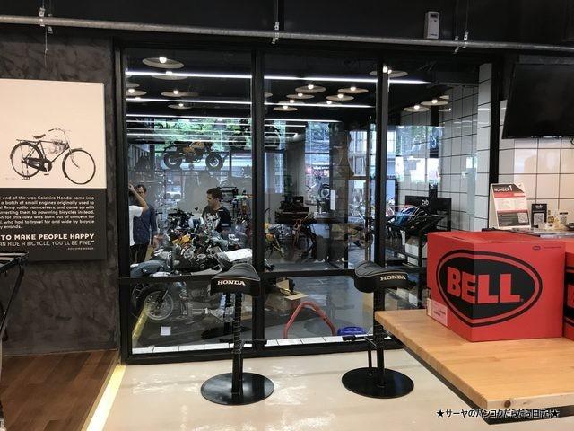 Greyhound Coffee at CUB House Flagship  グレイハウンド (15)