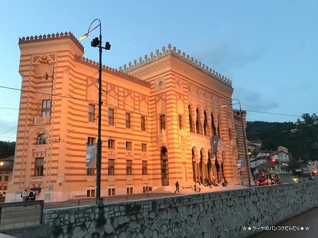 sarajevo sightseen 市庁舎