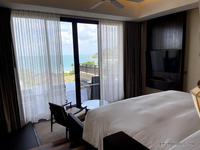 Grand Pool Suite, 1 Bedroom Suite 1 King, Sofa (6)