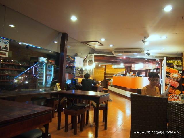 バーンライカフェ エカマイ カフェ 24時間 深夜 バンコク