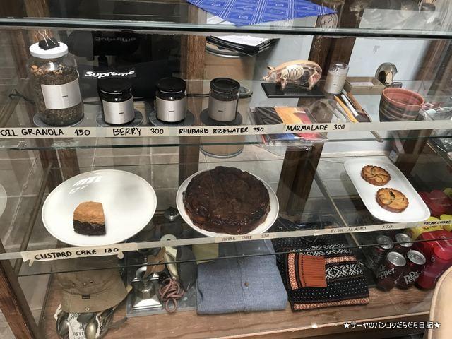 WWA x Chooseless ekamai cafe 2018 バンコク (5)