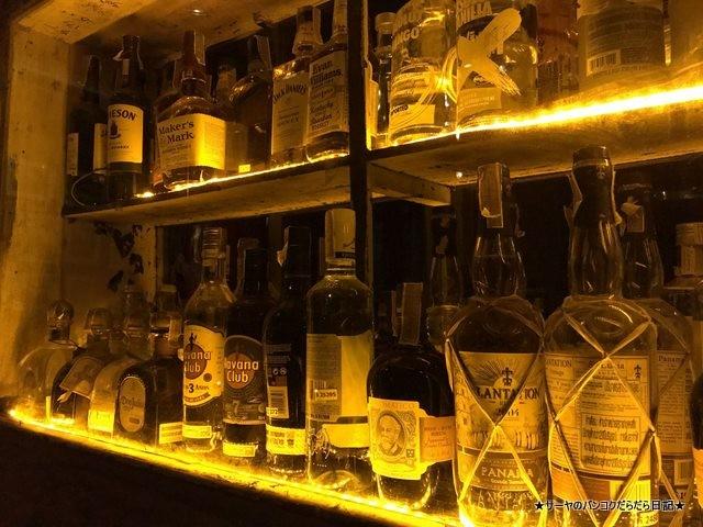 smalls bar bangkok 夜遊び サトーン オシャレ デート (3)