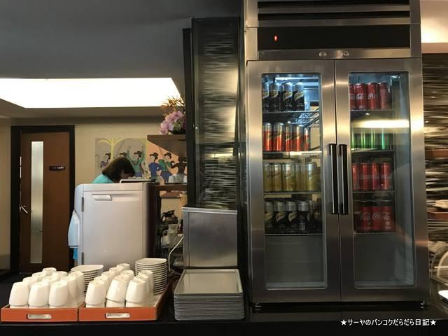 thai airways lounge 国内線 スワナプーム (5)