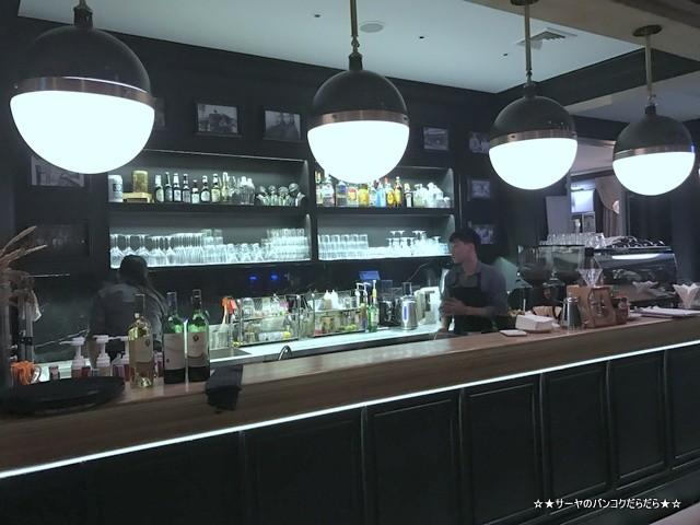トンロー カフェ Bar Storia バンコク gourmet (10)