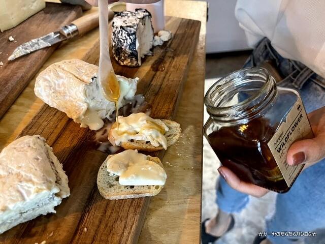 VIVIN GROCERY エカマイ バンコク チーズ (8)