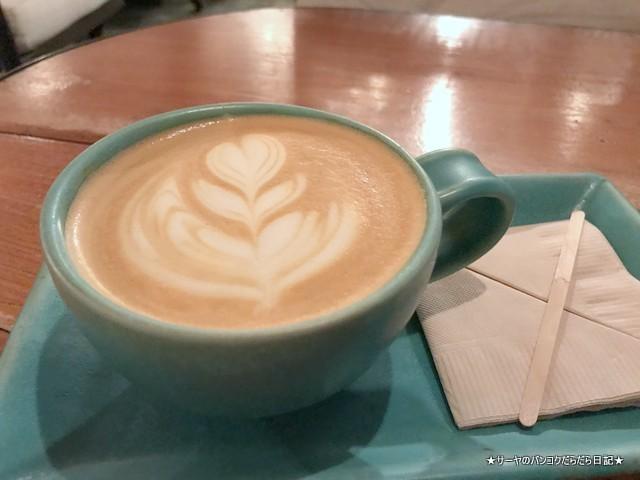 unfasion bangkok cafe ekmai オシャレカフェ ラテ