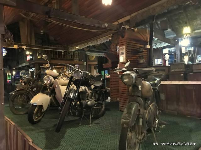 Antique House Chiangmai チェンマイ レストラン (11)