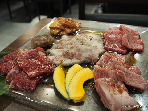 伊藤課長 バンコク 焼肉 レストラン