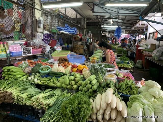 シラチャ朝市場 Muang Si Racha Food Market (3)