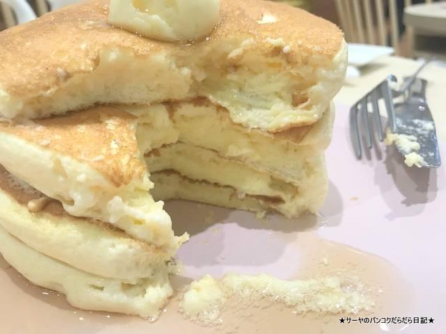 belle-ville pancake cafe bangkok (1)