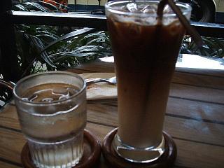 0706 M coffee&bakery 2