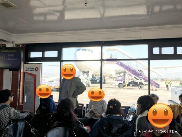 ネパール カトマンズ 空港 タイ航空