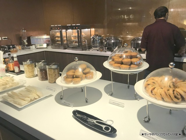 MIRACLE FIRST CLASS LOUNGE Gate G BKK (2)
