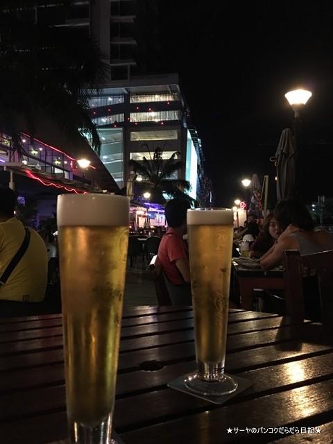 89 Night bar KK (3)