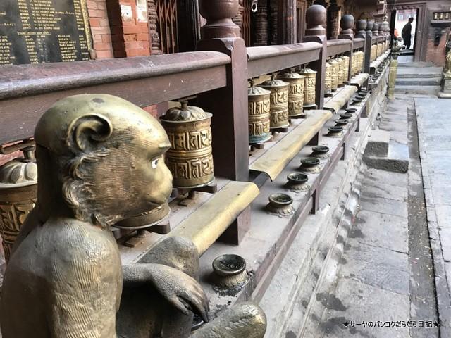 パタン ゴールドテンプル 金閣寺 ネパール (6)