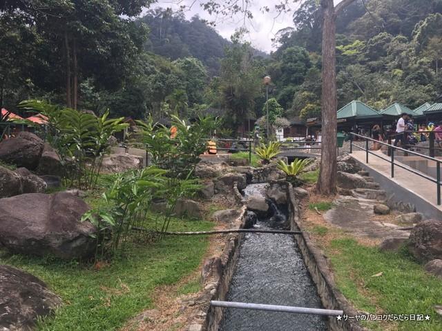 0 ポーリン温泉 Poring Hot Spring マレーシア (1)