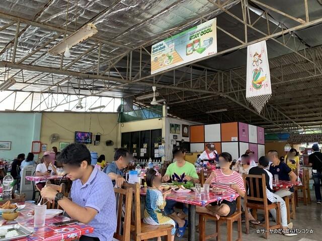 ルアンティープカノムジーンソット ハジャイ タイ料理