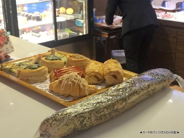 Le Boulanger at Bangkok Hotel Lotus Sukhumvit