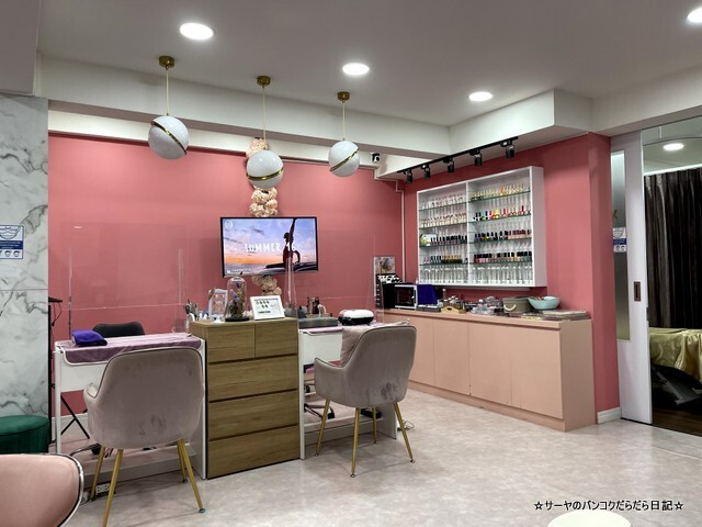The Triplets Cafe X Nail Bar バンコク (10)
