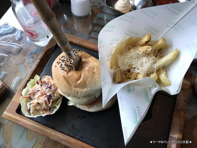 1 ハンバーガー屋さん Stacked Samui (7)