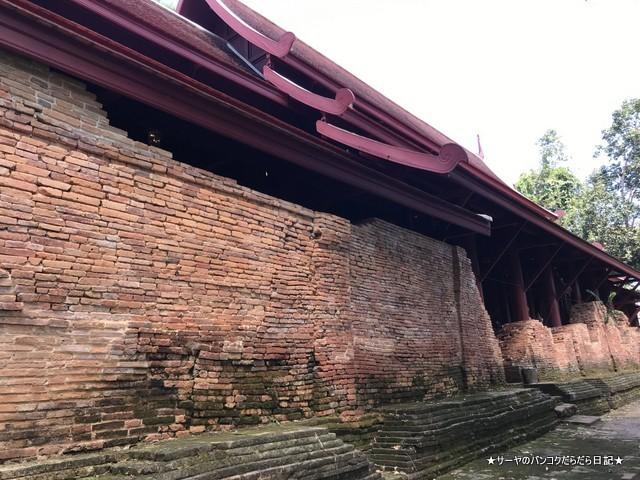 ワットプラタットチェディルアン チェンセーン 有名 寺 (11)