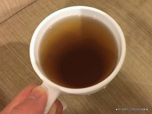 咳止めシロップ タイ 漢方 蜜 (1)