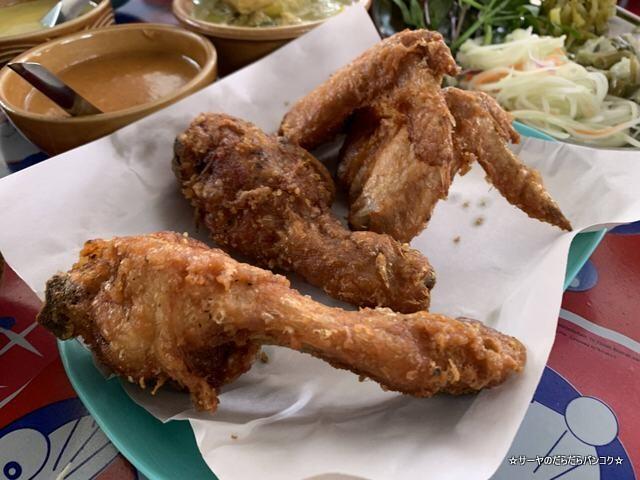 ルアンティープカノムジーンソット ハジャイ タイ料理 (11)