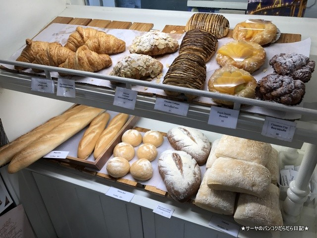 0 Loaf Bakery  Cafe Soi Lengkee パタヤ ベーカリー (2)