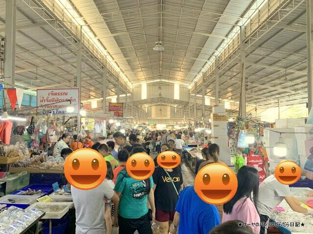 アンシラー 海鮮市場 バンコク タイ