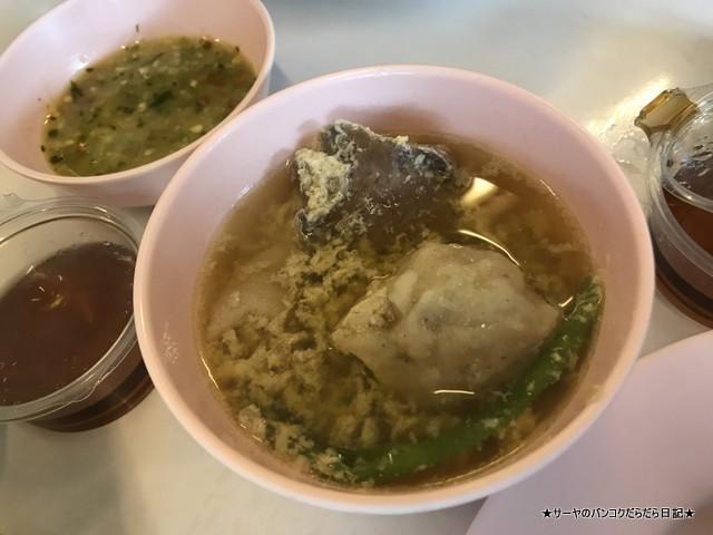 Charoen Thai Suki トンブリ タイスキ 昔ながら 器 美味しい