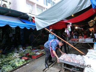 20120826 meaklong market 2