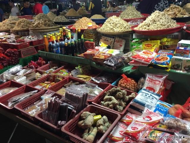 70 コタキナバル ナイトマーケット (13)