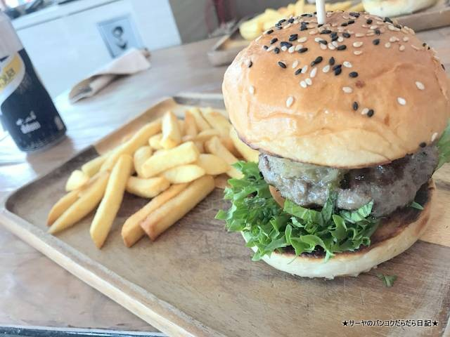 Bad Burger バーガー バンコク アソーク 肉 (5)