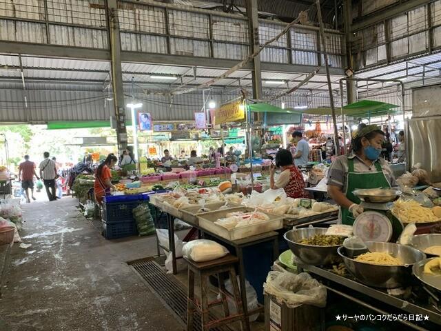 シラチャ朝市場 Muang Si Racha Food Market (15)