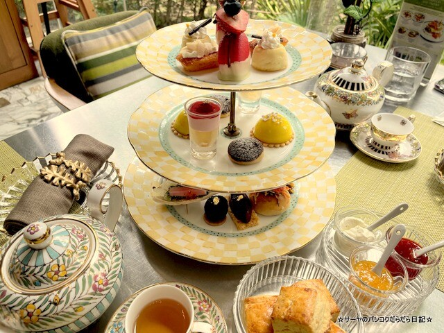 Indulgent 137 Pillars Classic Afternoon Tea (13)