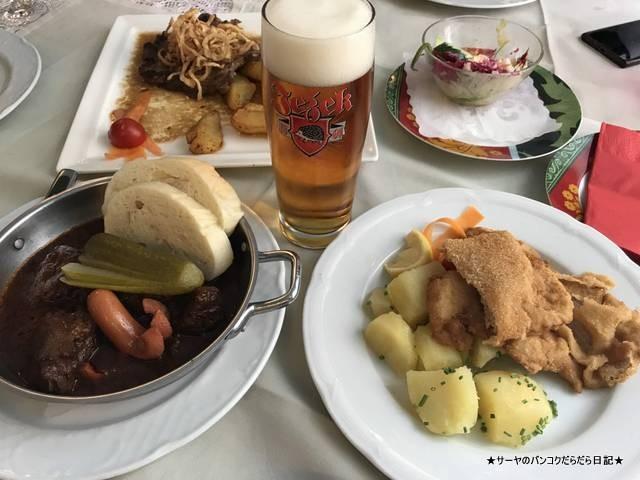 Restaurant Schonbrunner Stockl & Dinnertheater (1)