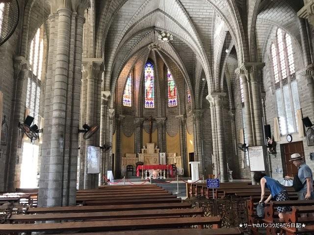 ニャチャン大聖堂  Nha Tho Nui nhatrang ステンドグラス