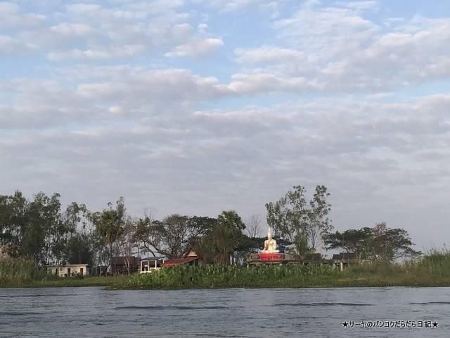 赤い蓮の池 Red Lotus Lake 絶景 2019 オススメ (9)