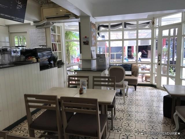 0 Loaf Bakery  Cafe Soi Lengkee パタヤ ベーカリー (4)
