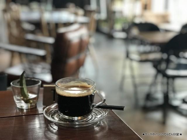 BROCCOLI REVOLUTION ベジタリアン バンコク カフェ (6)