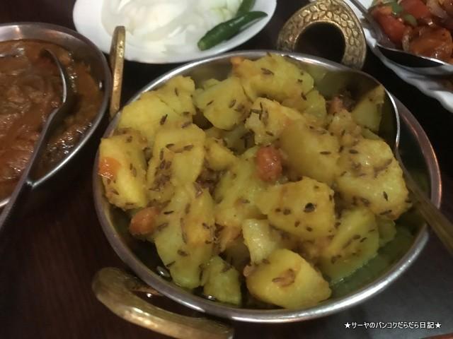 EVEREST KITCHEN BANGKOK ネパール料理 (9)