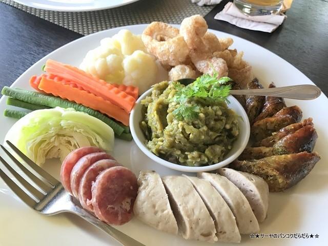 Bhu Bhirom Restaurant チェンライ シンハーパーク (6)