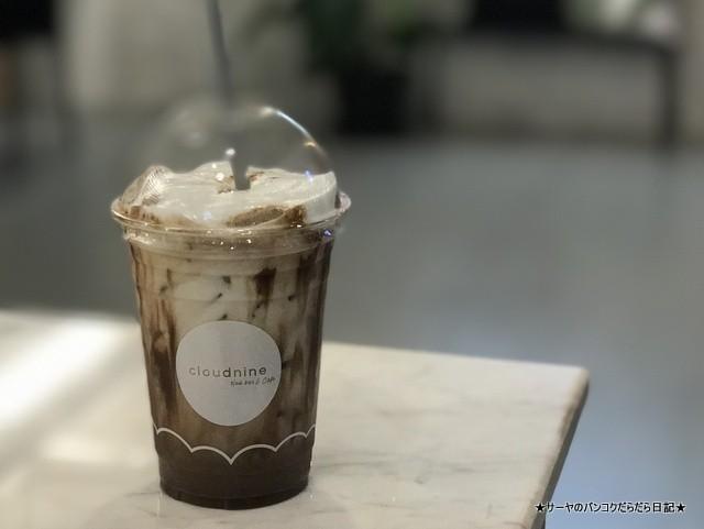Cloudnine Nail Bar & Cafe バンコク ネイル (2)