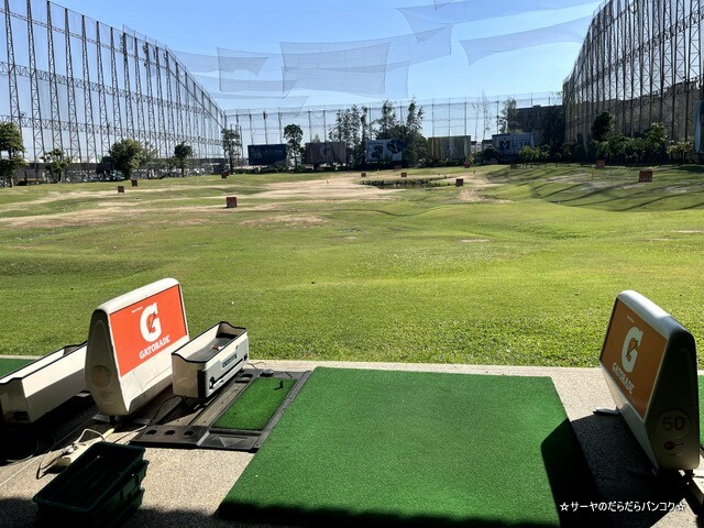ALL STAR GOLF ゴルフ練習 バンコク (6)