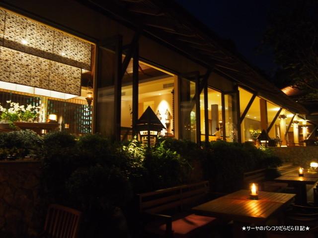 06 Thai restaurant Pimalai krabi (1)