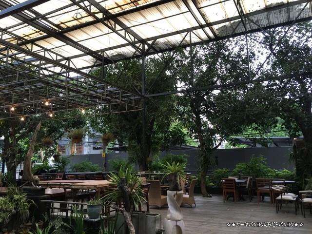 Quaint Bangkok オシャレ カフェ バンコク Sukhumvit エカマイ