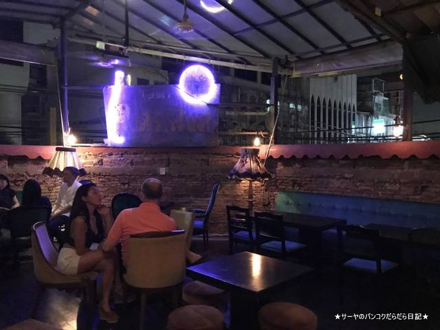 smalls bar bangkok 夜遊び サトーン オシャレ デート (6)