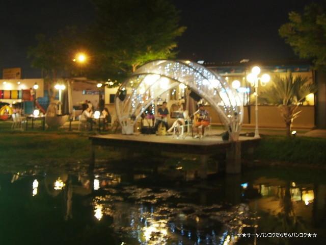 View Dee Relax & Restaurant バンコク 郊外 タイ料理