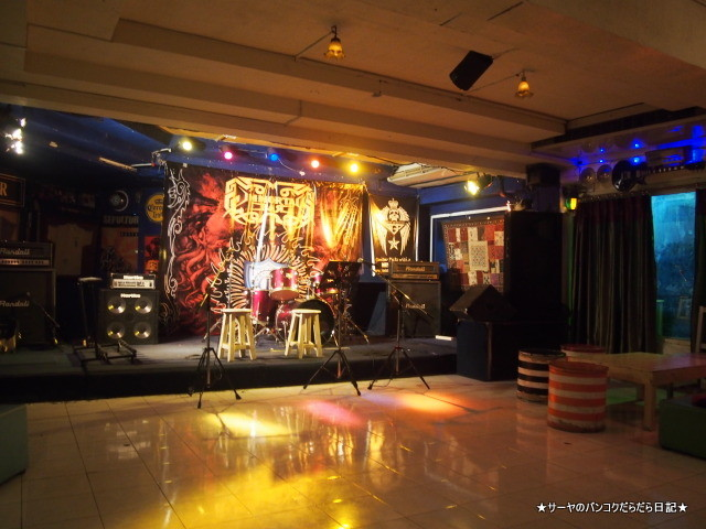 Immortal Bar 集団パラリラ バンコク JIN ジン