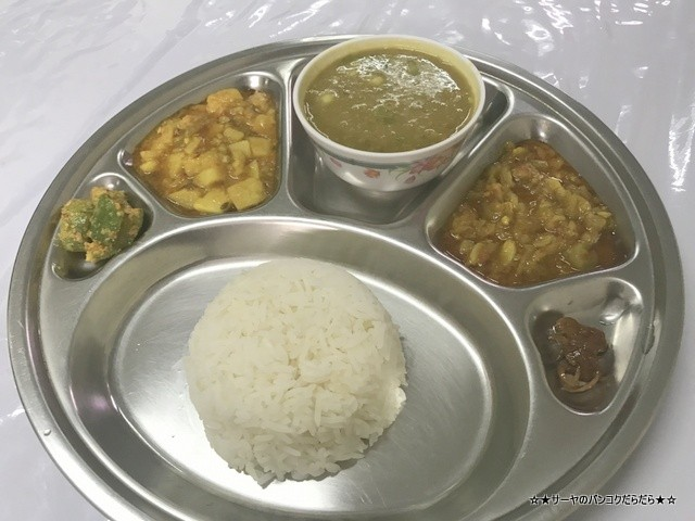 Restaurant ミャンマー料理 バンコク プラカノン (3)